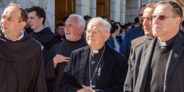 """Enviado de Francisco indica que """"pueden organizarse peregrinaciones oficiales"""" a Medjugorje"""